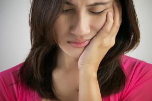 Cara mengurangi rasa sakit karena sariawan
