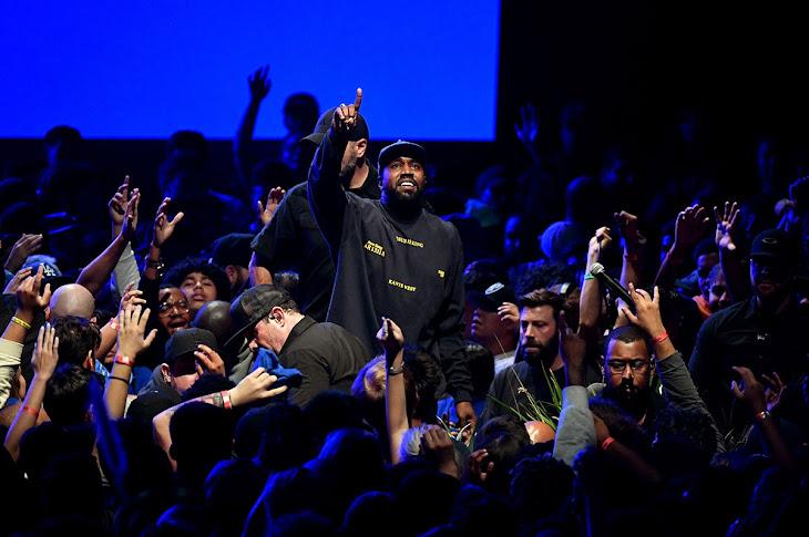 """Kanye """"Jesus Is King"""" Album Sells Over 276K"""