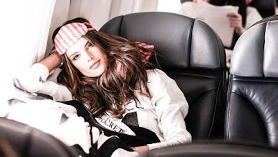 skincare_tips_for_long_flights نصائح للعناية بالبشرة خلال رحلات السفر الطويلة