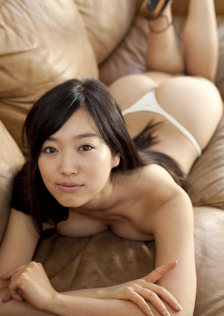 Hot girls JAV Kokone Sasak half nude her sexy body