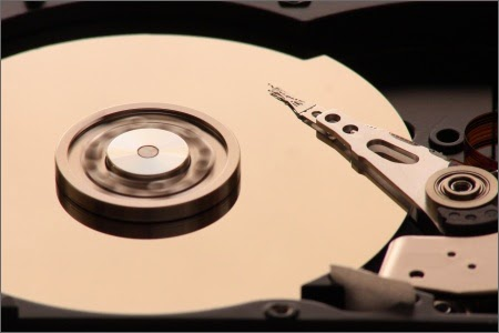 Hard disk ແບບ ຈານຫມຸນ