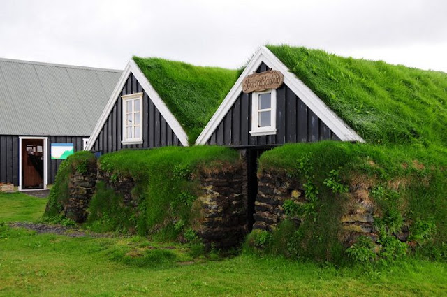 Traditional Turf Houses In Iceland Funnilogy