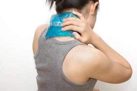 Chữa đau vai gáy bằng 7 cách đơn giản-2
