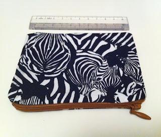siyah beyaz zebra desenli cüzdan