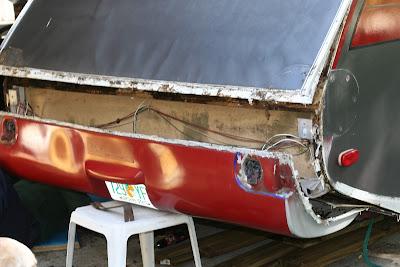 Infiltration d'eau Soyez vigilant !!! Faite vos inspections rigoureusement 11-12-2011+Water+Damage+006