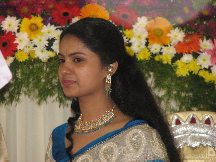 Indian Long hair girls: Long Hair styles by Indian girls ...