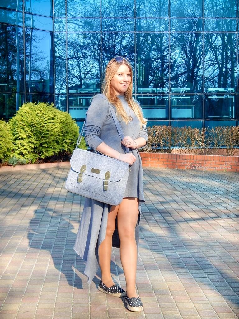 3 sukienka asymetryczna szara z kapturem sammydress maxi dresowa sukienka filcowa duża listonoszka A4 manzana espadryle w groszki renee melodylaniella ootd wiosenna stylizacja