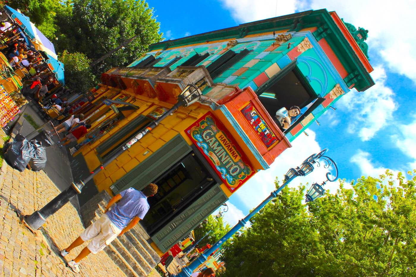 buenos aires caminito colourful building