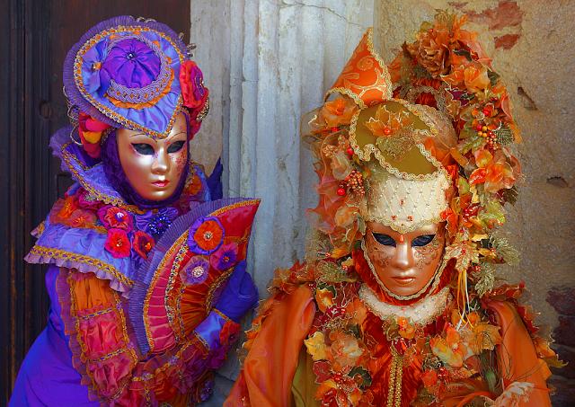 9 důvodů, proč se letos vydat do Benátek, benátky průvodce, kam v benátkách, co vidět v benátkách, benátky památky, benátky historie, jak se najíst v benátkách, kde se najíst v benátkách, co ochutnat v benátkách, kam v benátkách na víno, kam v benátkách na aperol spritz, zažijte benátky jako místní, Benátský filmový festival, benátský karneval, Biennale arte, canaletto, Festa del Redentore, Festa della Salute, Festa della Sensa, Tintoretto, Regata Storica, Vogalonga