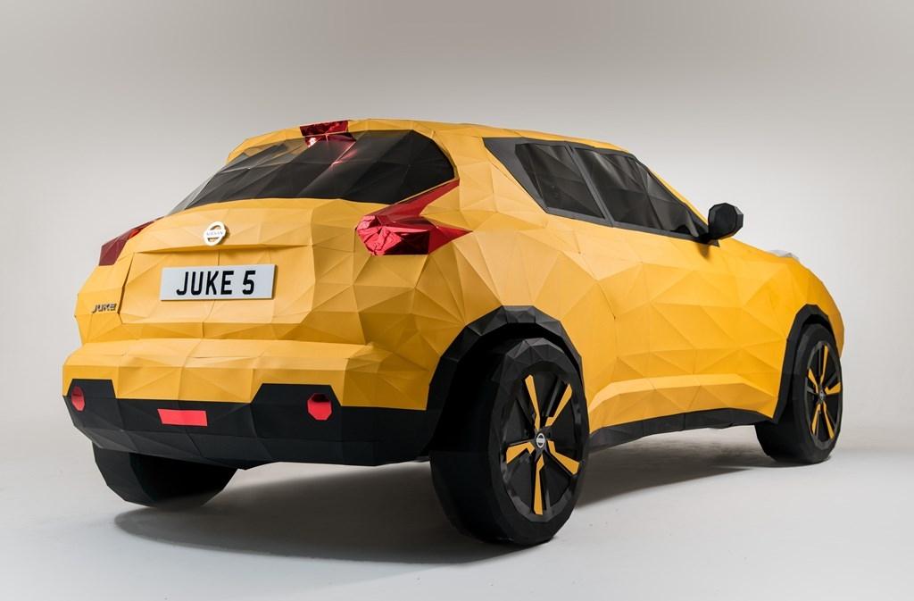 juke1 H Nissan το τερμάτισε: Έφτιαξε Juke από... χαρτί Nissan, Nissan Juke