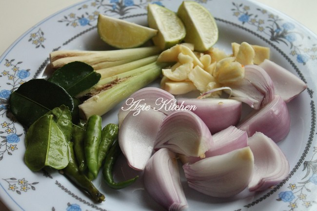 Resepi Tom Yam Ayam Azie Kitchen