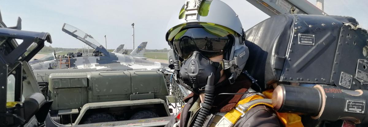 Верховна Рада вводить десятирічні контракти для пілотів
