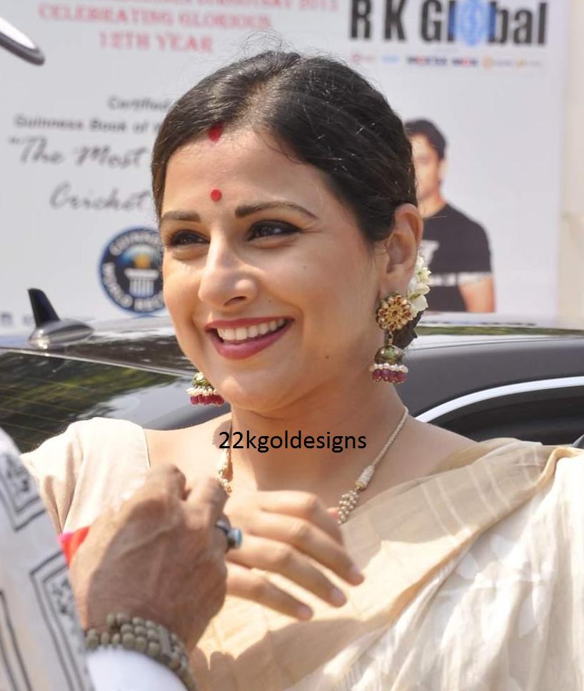 Vidya Balan in designer jhumkas