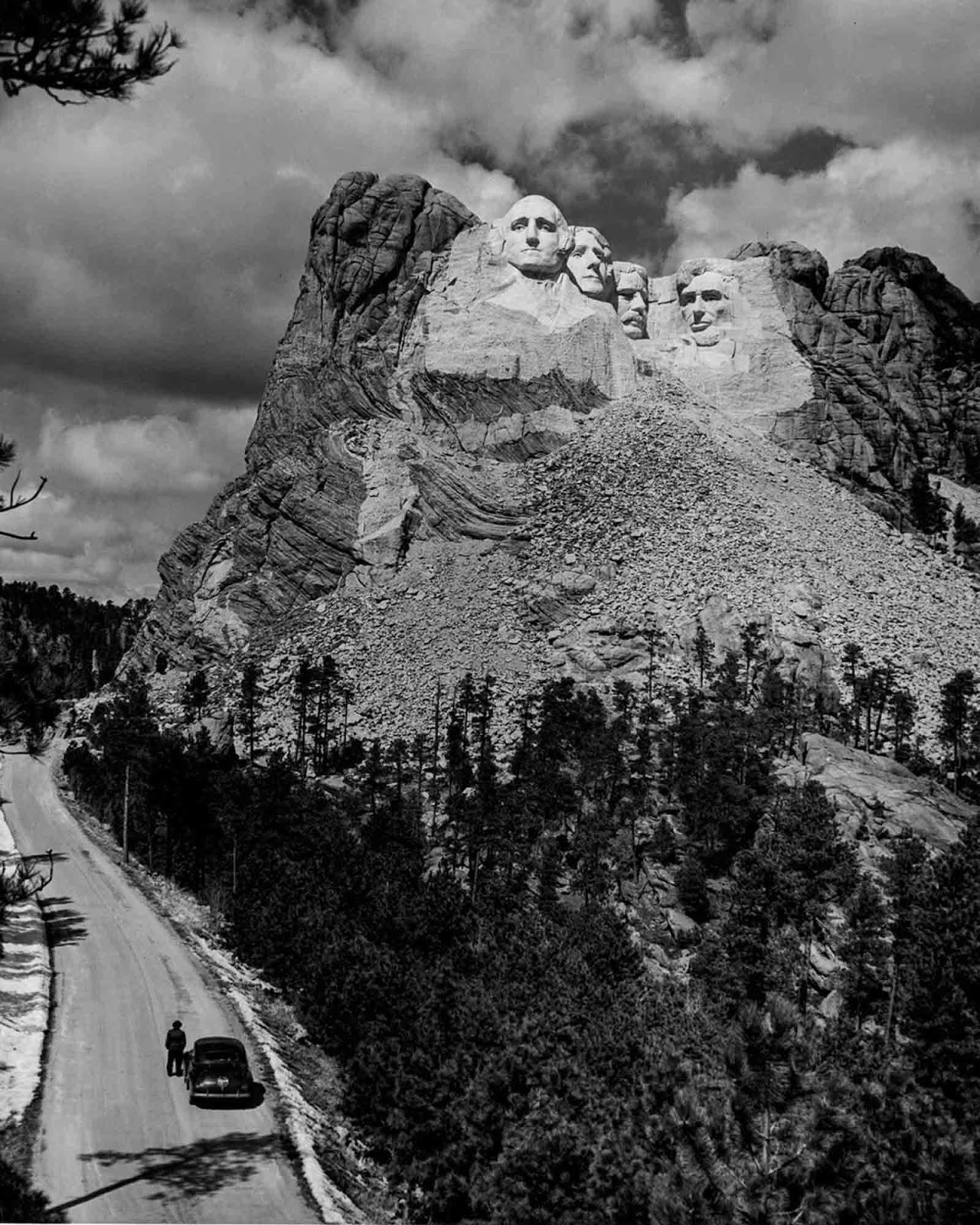 Mount Rushmore in 1941.