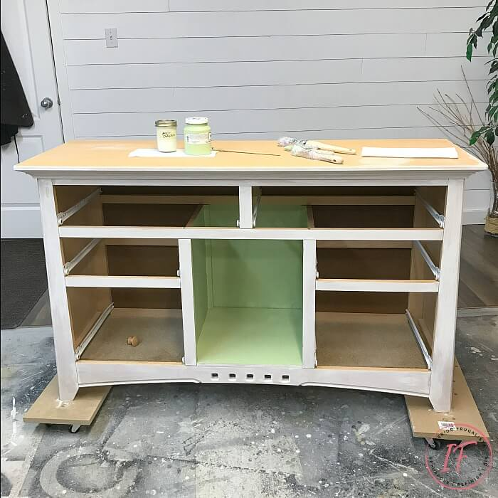 Farmhouse Sidebosrd Buffet Painted White And Green