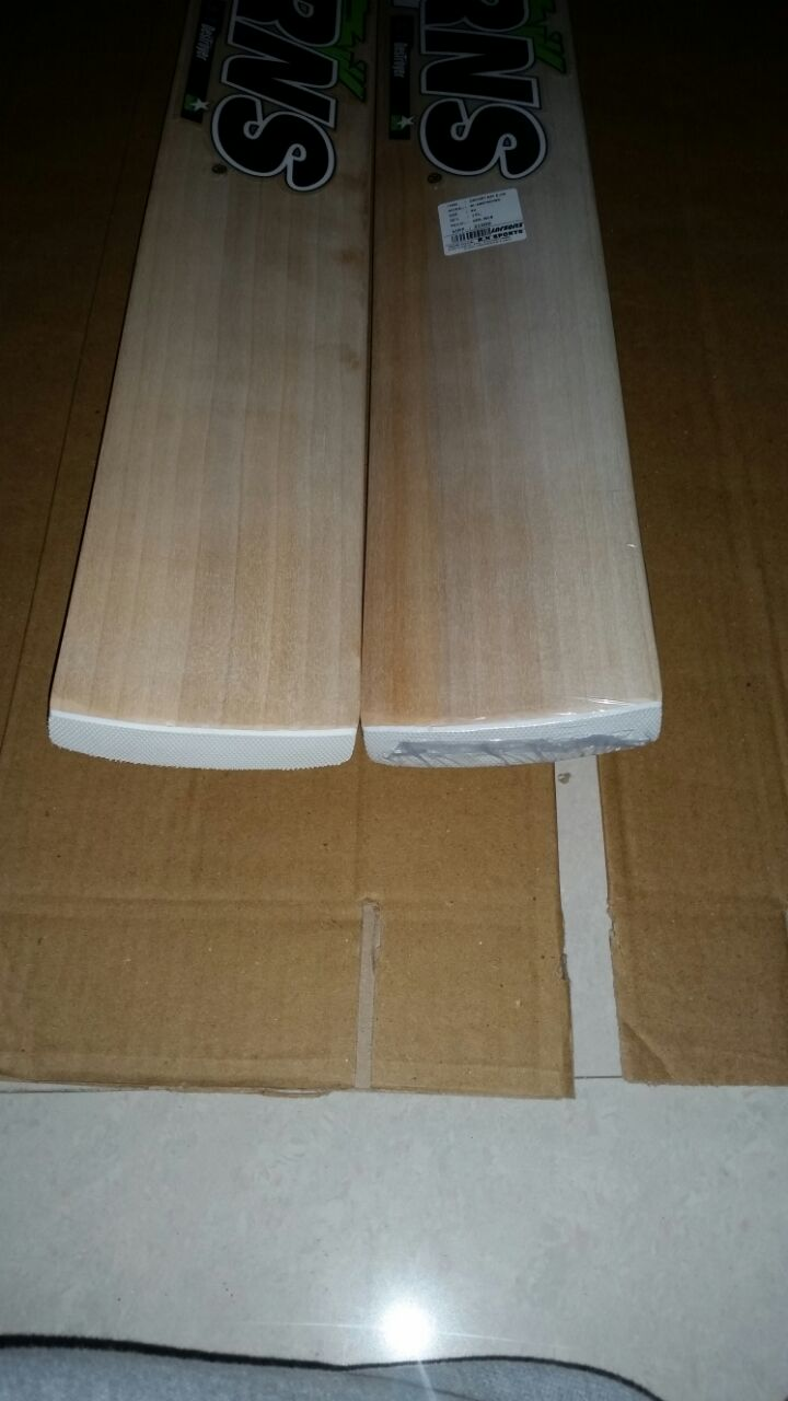 Bat Has A Finished Green Mixture Of White Sticker On It At The Back Portion You Would Get Larsons Imprinted Or Decals With Toe End Design