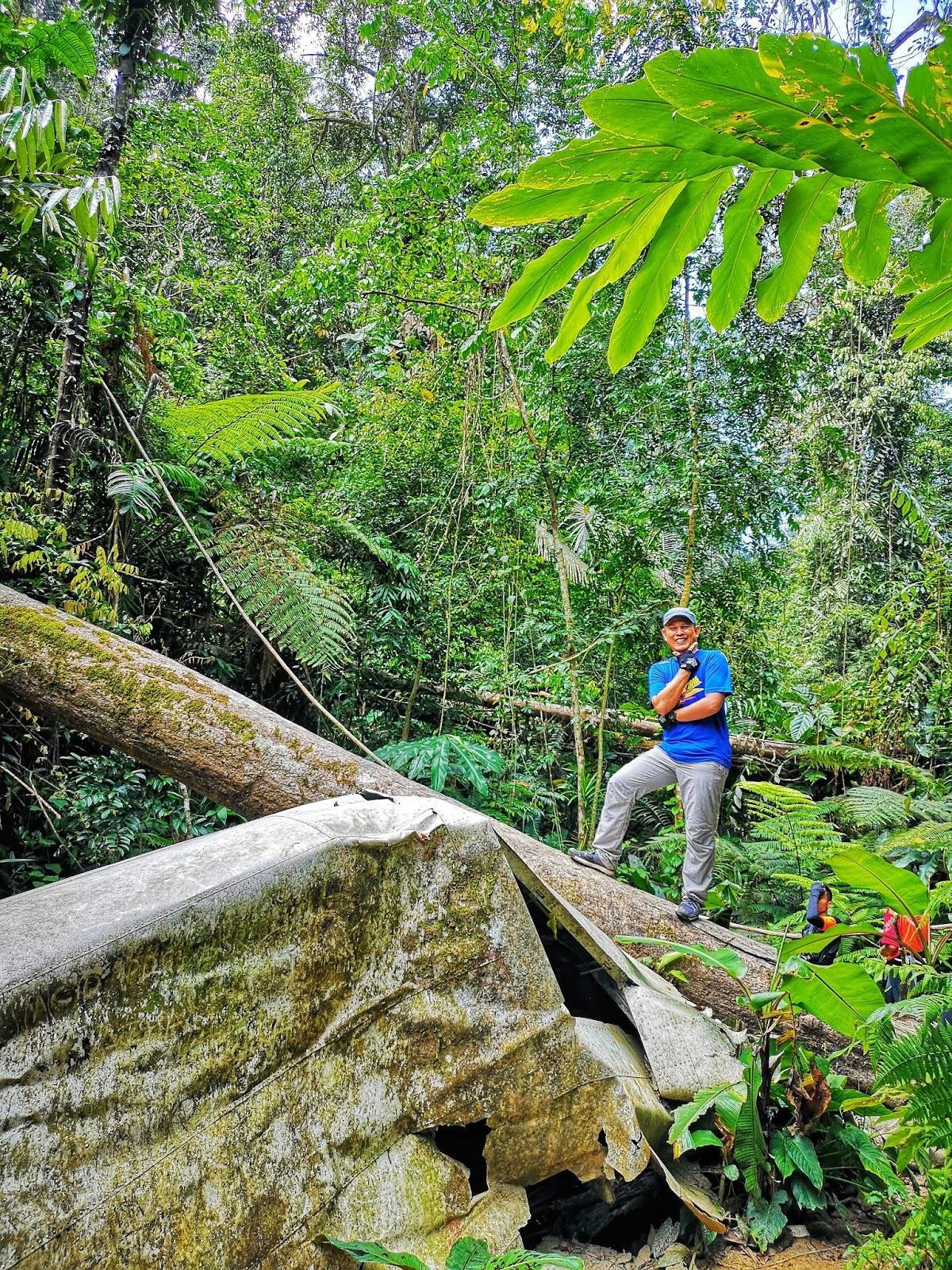Gerua di Gunung Telapak Buruk - Crash Site