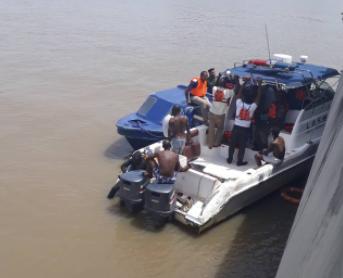 Man who jumped into Lagos lagoon is a married man - Btlsblog