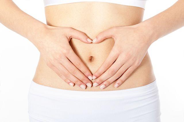 Comment soigner la constipation ? Buvez 1,5 l d'eau par jour, Misez sur les fibres