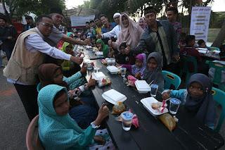 600 Anak Yatim Buka Puasa Bersama di Gampong Ramadhan