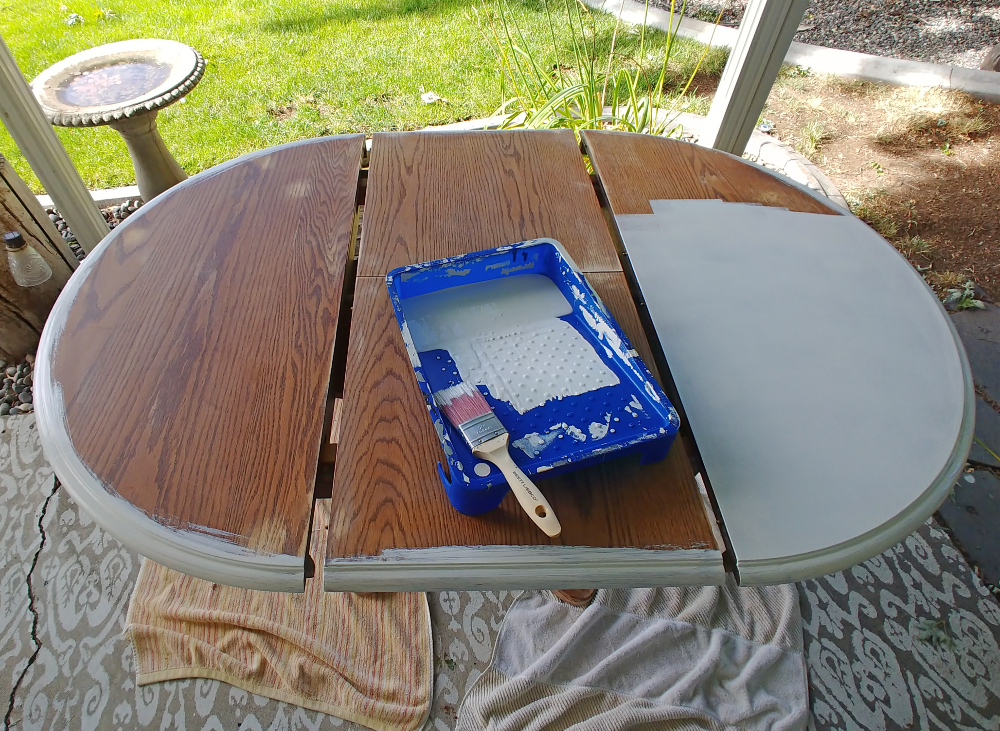 painting a dining room table