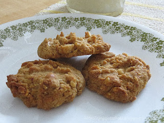 http://joysjotsshots.blogspot.com/2015/11/three-ingredient-peanut-butter-cookies.html