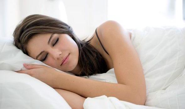 makanan untuk tidur lebih nyenyak
