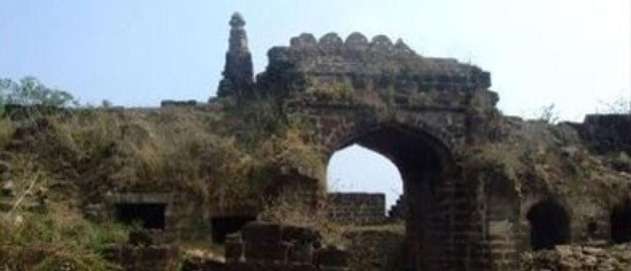 वैराटगड किल्ला - Vairatgad Fort
