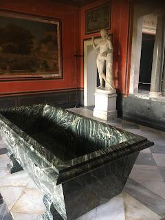 サンスーシ公園ローマ風呂