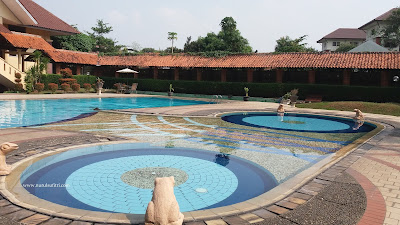 kolam renang anak ukuran kecil wisma makara ui universitas indonesia nurul sufitri mom lifestyle blogger depok
