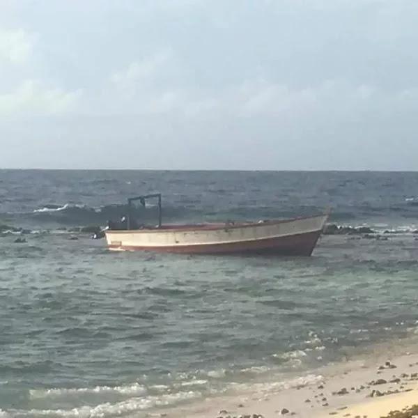 Dos muertos y tres detenidos deja naufragio de venezolanos en Aruba