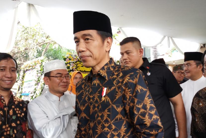 Jokowi Himbau Bahwa Hoaks Sudah Mulai Datangi Rumah Ke Rumah