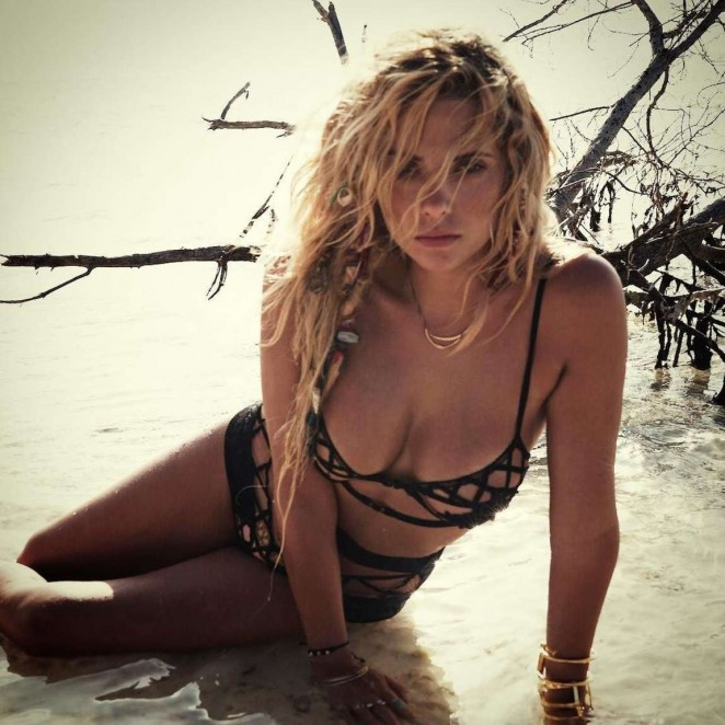 Ashley Benson shares racy bikini snap on Instagram