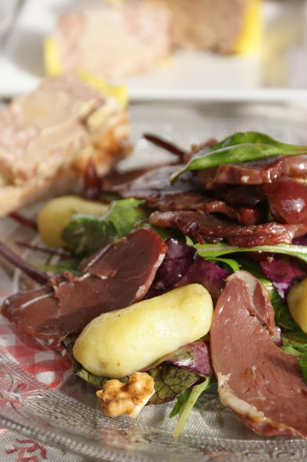 Salade périgourdine - Recettes de cuisine Ôdélices