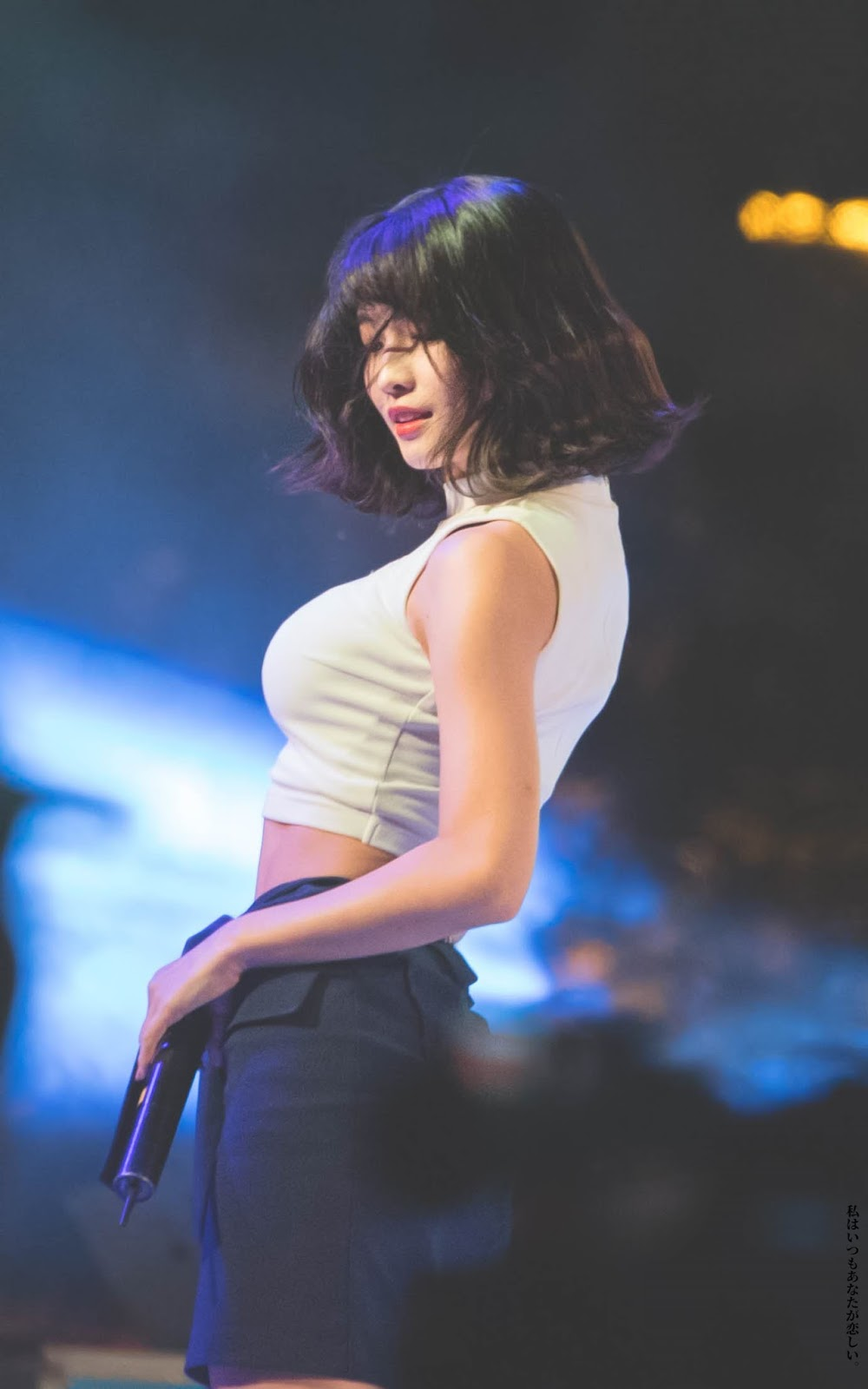 twice momo drops jaws with her voluminous figure