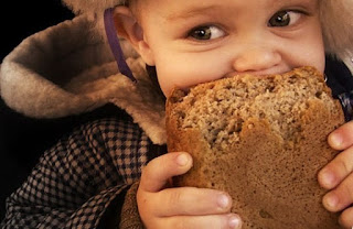 Eating 100 gm Of Bread Weakens Our Immune System By 90%