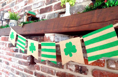 http://www.justmeasuringup.com/blog/how-to-make-a-diy-burlap-banner/