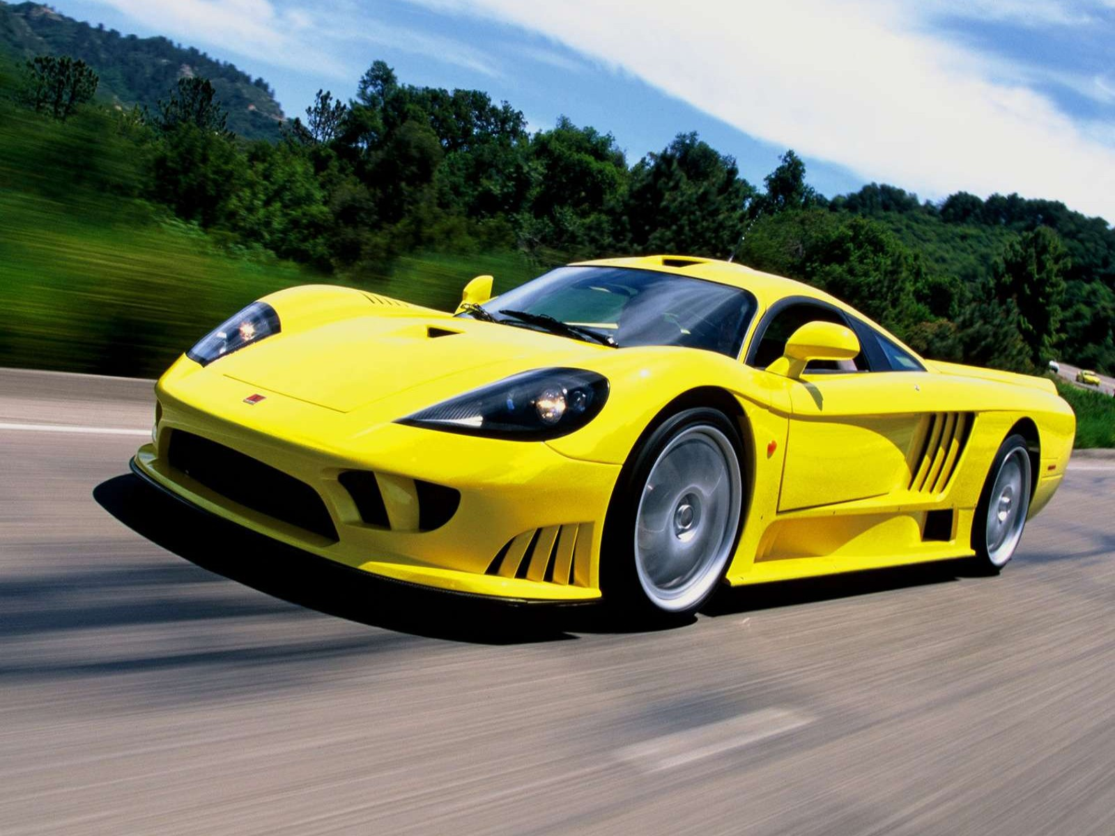 Car And Car Zone: Saleen S7 2002 new cars, car reviews, car pictures and auto industry trends