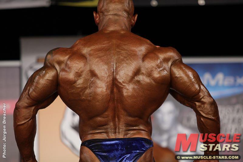 Worldwide Bodybuilders: Dominant German monster Steffen Müller