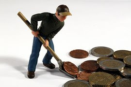 Berapa gaji yang pas untuk bisa hidup dengan layak