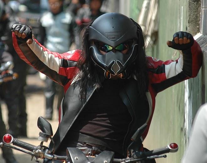Diseño de casco de depredador