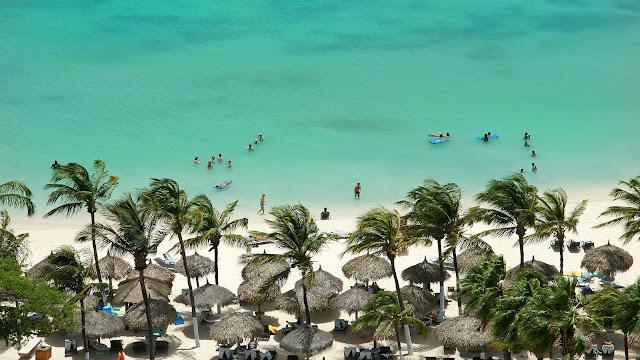 Top Reasons to Visit Aruba
