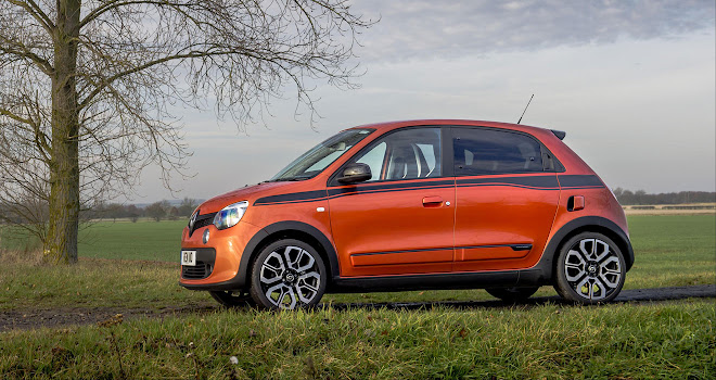 Renault Twingo GT side view