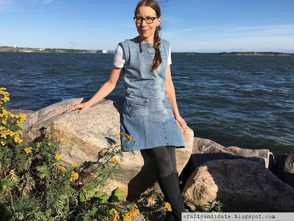 Farkkumekko vanhoista farkuista - Denim dress from old jeans