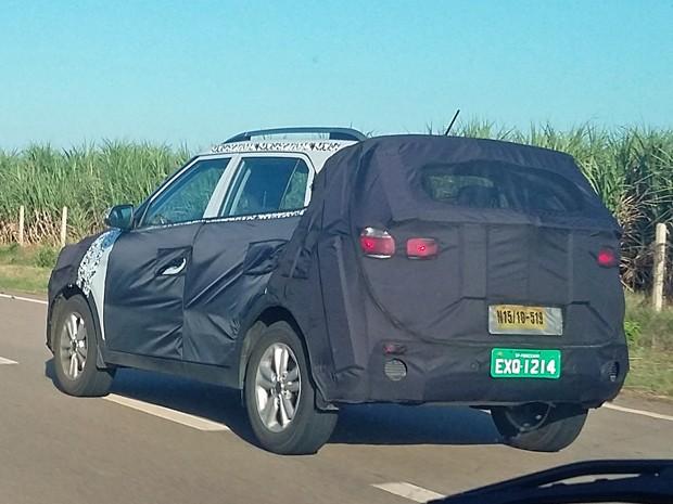 Hyundai ix25/creta camuflado lateral