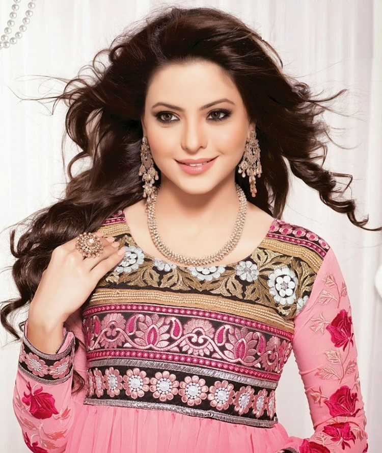 Aamna Sharif 	2001 nude (44 photos), Pussy, Hot, Feet, butt 2018