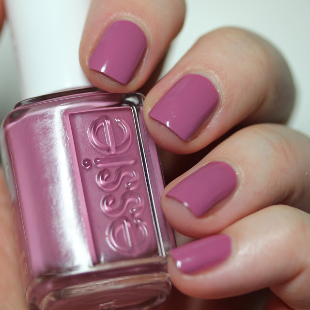 essie treat love color mauvetivation