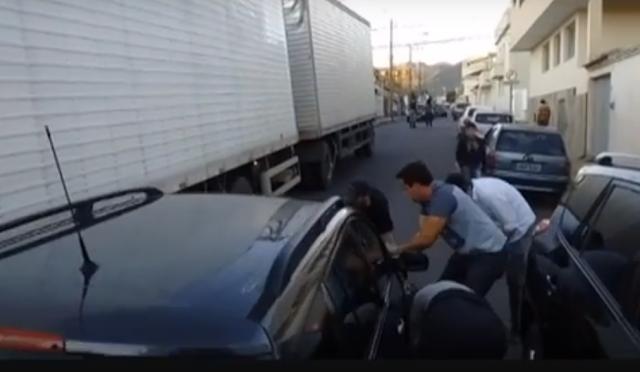 Perseguição policial termina em acidente no centro de Andradas, MG