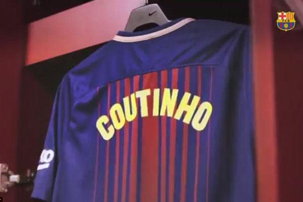 Coutinho cười rạng rỡ trong ngày ra mắt Barcelona 6