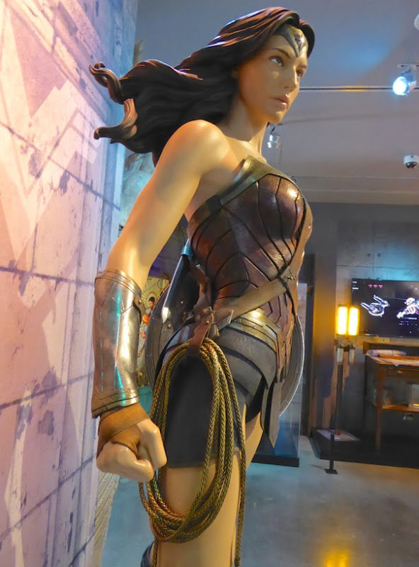 Wonder Woman movie costume Batman v Superman